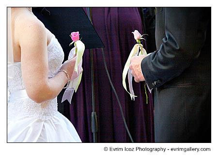 Bridal Veil Oregon Hood River Fall Wedding and Colors