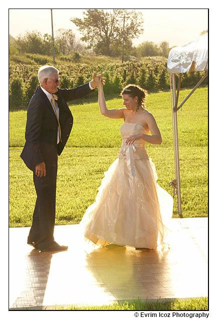 Krugers Farm Wedding At Sauvie Island