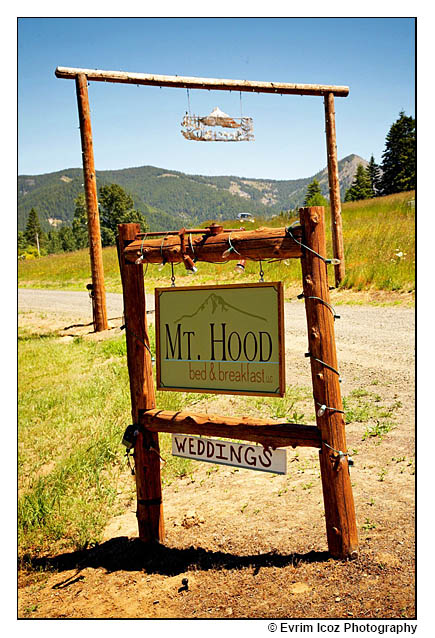 Mt. Hood Bed and Breakfast Wedding