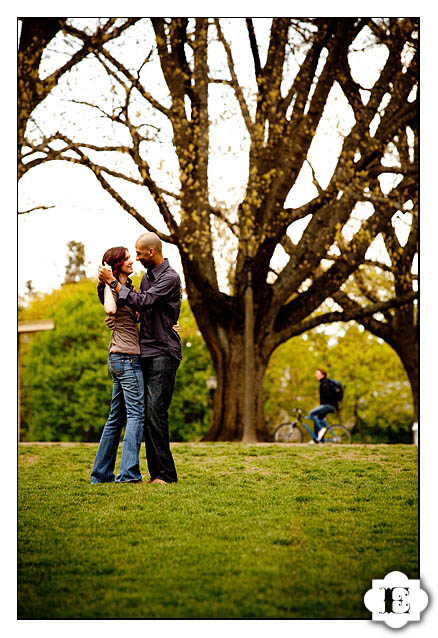 engagement-session-irving-park-evrim-icoz-photography