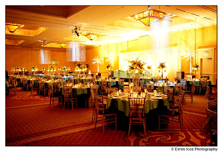 Amazing decorations and settings Vancouver Hilton Hotel Wedding